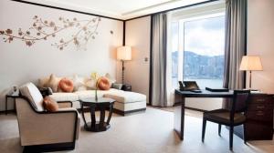 20150728151100-moving-ahead-peninsula-hong-kong-hotel