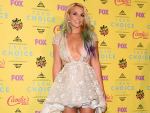 TCAs: Britney Spears' Extreme Cleavage Spills Out In Open Waist Dress