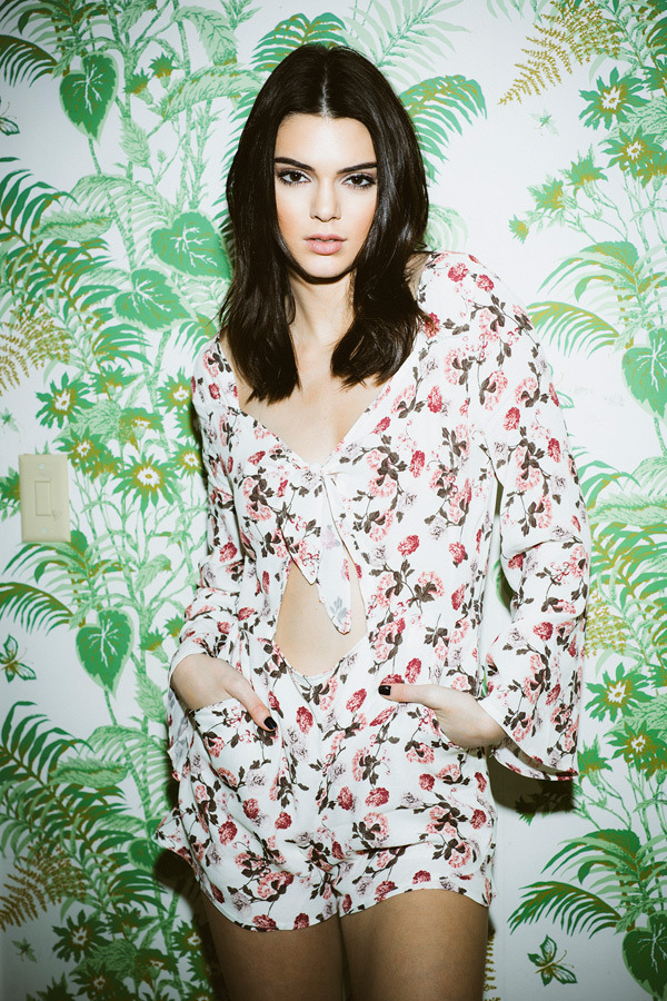 7463cc72461 kylie-kendall-jenner-maris-claire-mexico-gallery-4