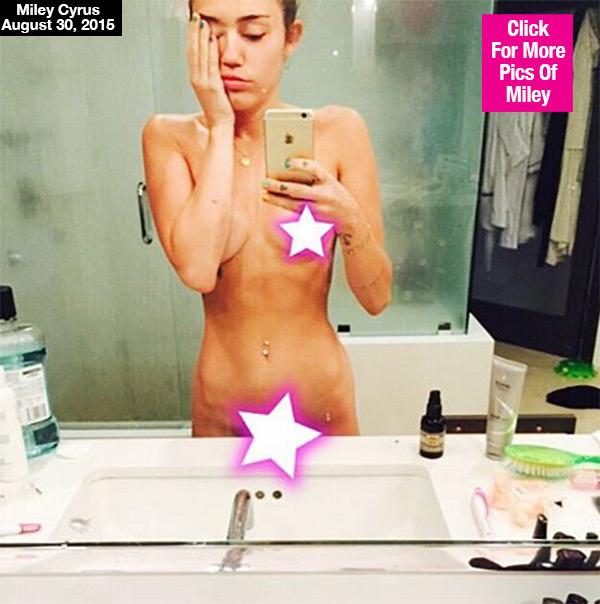 Bikini Cleavage Debra Mooney  naked (12 photo), iCloud, butt