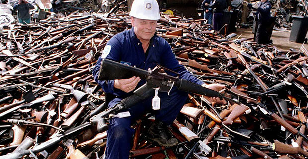 AUSTRALIA'S GUN LAW DID NOT PREVENT SHOOTING AT POLICE ...