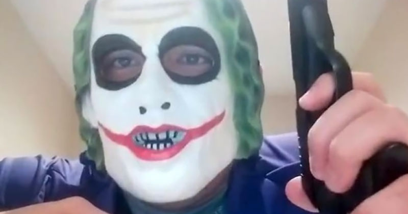 alex-jones-masked-man-thjreat