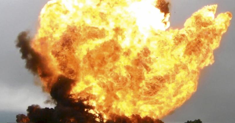 121115explosion (1)