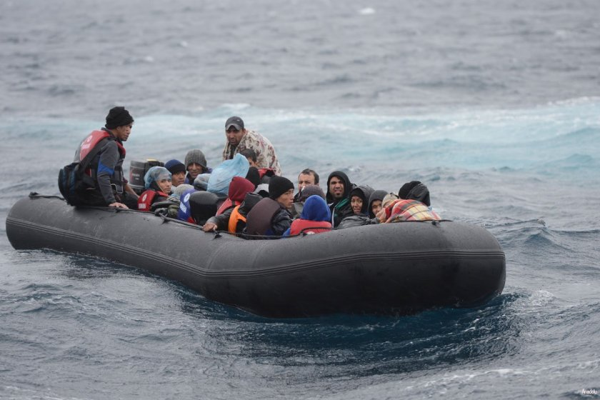Migrants-on-a-boat-rescued-by-Turkish-coast
