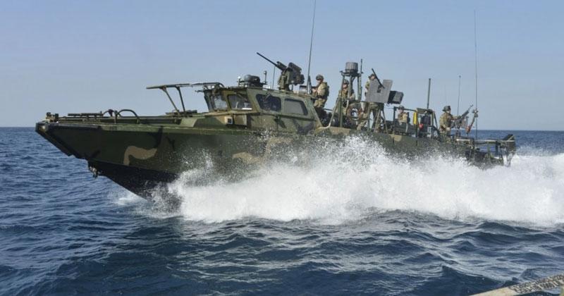 riverine-boat