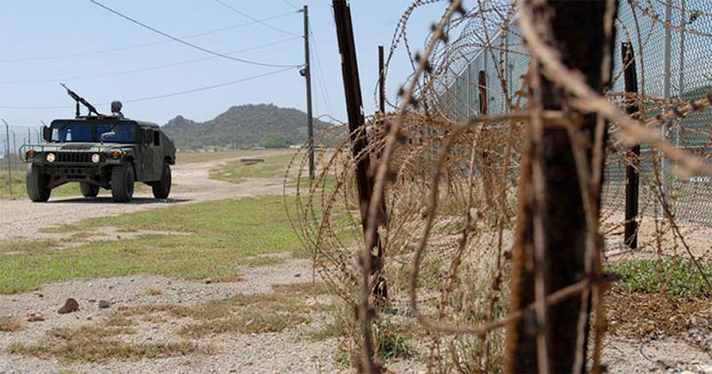 gitmo-fence-guantanamo-camp-xray