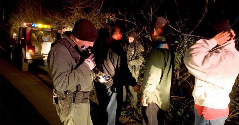 border-illegals-arrest1
