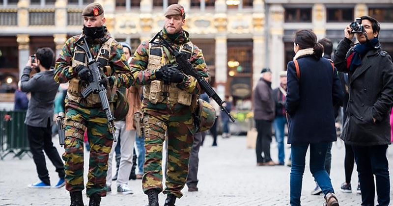 brussels-soldiers