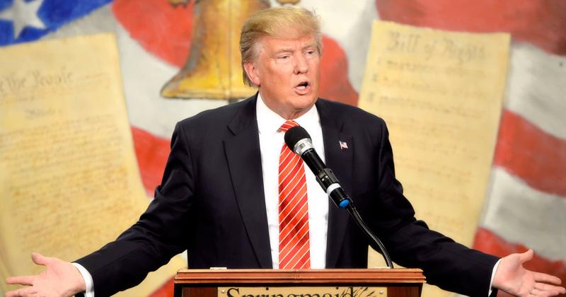 trump-constitution12
