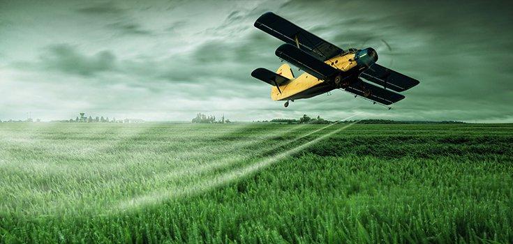 pesticide-plane-spray-735-350